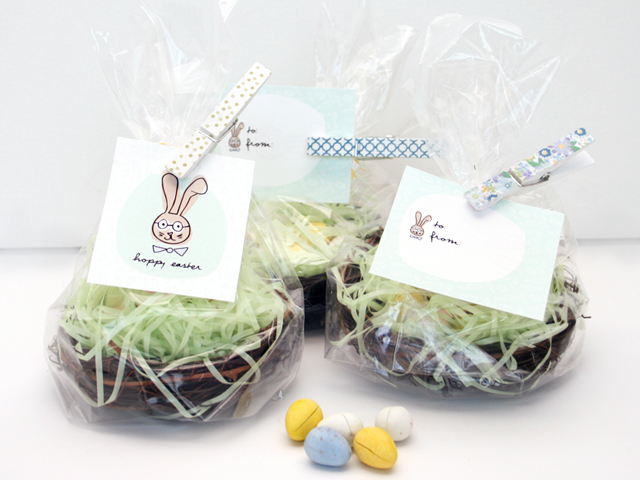Free printable easter gift tag and mini easter gift basket negle Image collections