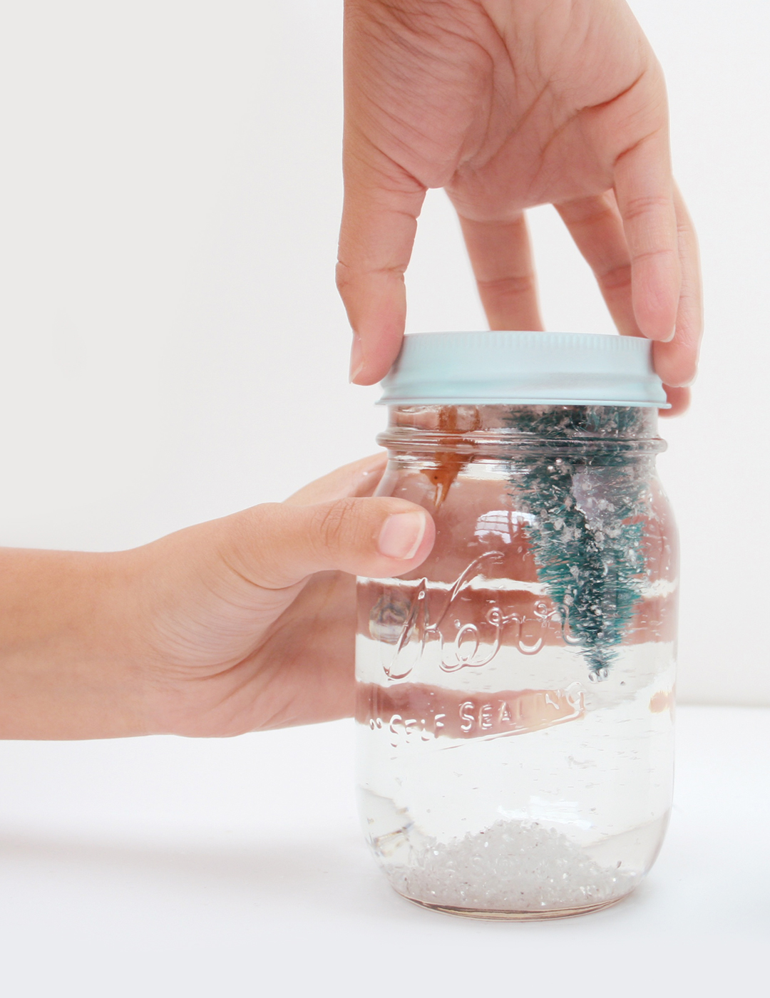 DIY Holiday Snow Globes