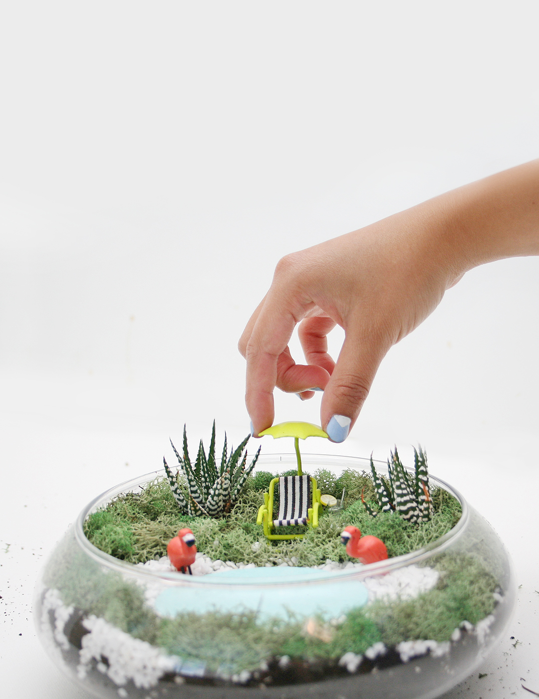 DIY Palm Springs Inspired Succulent Terrarium
